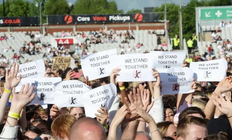 Público do One Love Manchester (Foto: Associated Press)