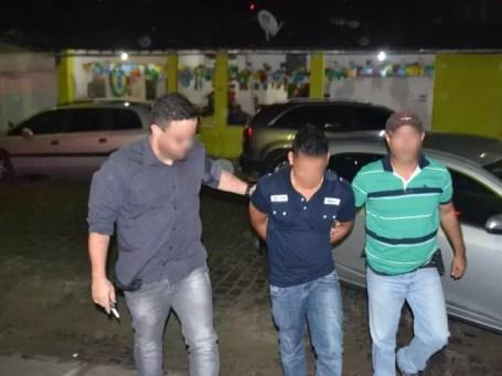 Suspeito foi preso em Santa Maria do Cambucá pela Polícia Civil (Foto: Divulgação/Polícia Civil)