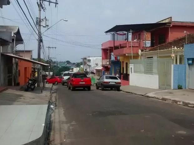 Assassinato ocorreu na rua Boa Sorte, bairro Presidente Vargas  (Foto: Suelen Gonçalves/G1 AM)