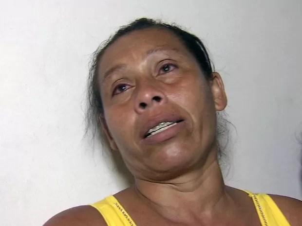 Mãe de adolescente preso pede perdão às vítimas em Itanhaém, SP (Foto: Reprodução/TV Tribuna)