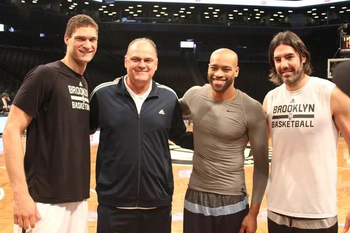 Brook Lopez, Oscar Schmidt, Vince Carter e Luis Scola  (Foto: Marcelo Barone)