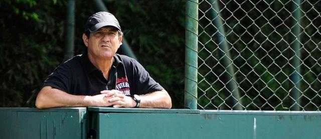 Muricy Ramalho treino São Paulo (Foto: Marcos Ribolli / Globoesporte.com)