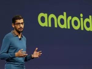 Sundar Pichai, vice-presidente do Google para Android, apresenta novidades sobre o sistema no Google I/O 2015. (Foto: Jeff Chiu/Associated Press)