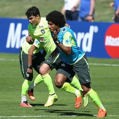 Thiago Silva e Dante no treino da seleção (Foto: Mowa Press)