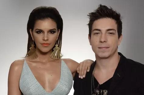 Mariana Rios e Di Ferrero na festa de lançamento de 'Salve Jorge' (Foto: TV Globo)