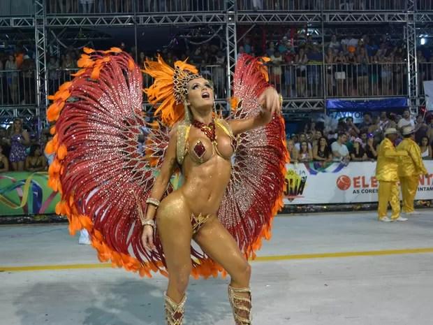 Transex Thalita Zampirolli na Boa Vista (Foto: Juirana Nobres/ G1)
