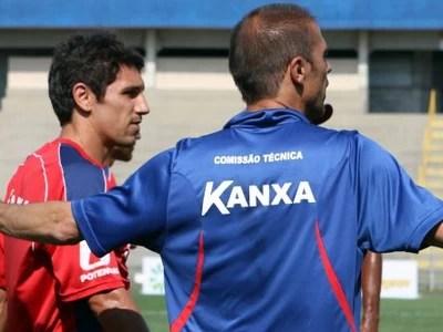Milton Mendes Treino  (Foto: Robson Mafra/Divulgação Paraná Clube )