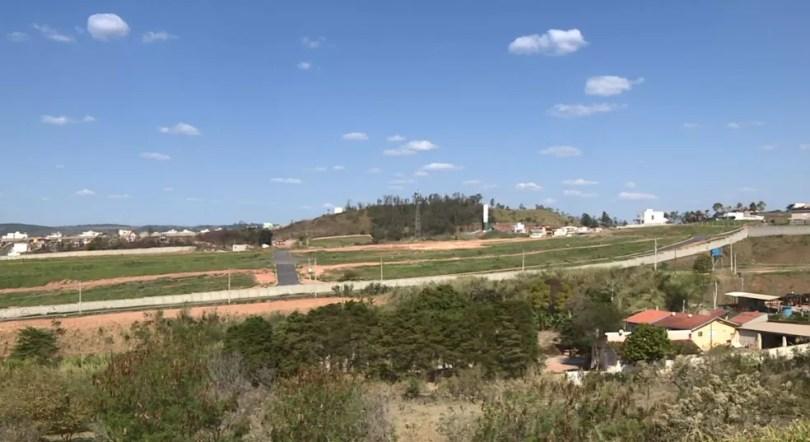 Loteamentos no Vale das Uvas, em Valinhos, ainda não foi entregue (Foto: Reprodução/EPTV)
