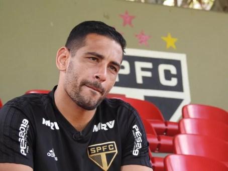 Apesar da má fase do time, Diego Souza continua sendo o destaque ofensivo do São Paulo — Foto: Marcelo Hazan