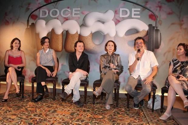 Eleco na coletiva do seriado Doce de Mãe (Foto: Alex Palarea/AgNews)