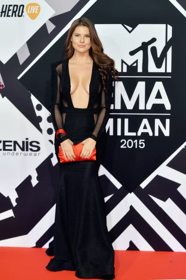 Amanda Cerny no MTV Europe Music Awards 2015 (Foto: Getty Images)