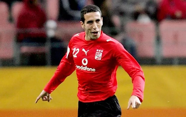 Mohamed Aboutrika na partida do Ahly (Foto: Getty Images)