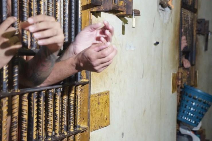 Estado possui uma taxa de 897 presos por 100 mil habitantes — Foto: Divulgação Iapen