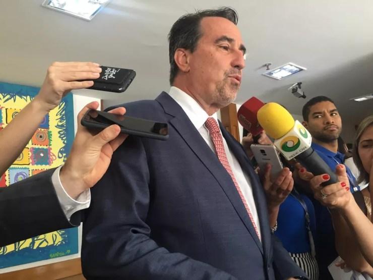 Ministro da Saúde, Gilberto Occhi, durante divulgação do Estudo Longitudinal de Saúde dos Idosos Brasileiros — Foto: Gabriel Luiz/G1
