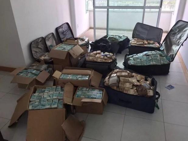 Dinheiro encontrado pela Polícia Federal (Foto: Polícia Federal)