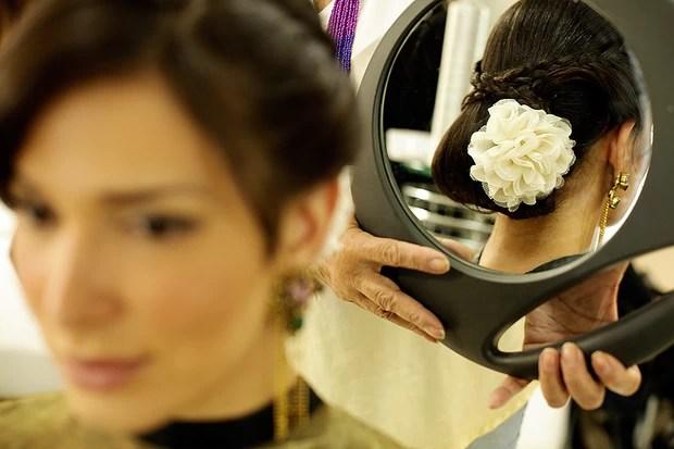 Galeria Beleza - Passo a passo trança com Fiona (Foto: Marcos Serra Lima/EGO)