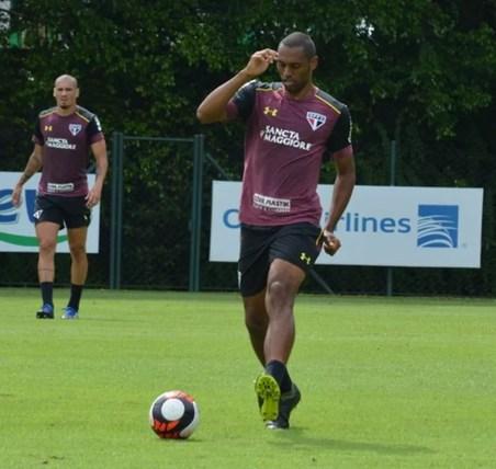 Douglas disputou seis partidas desde que foi contratado (Foto: Érico Leonan/saopaulofc.net)