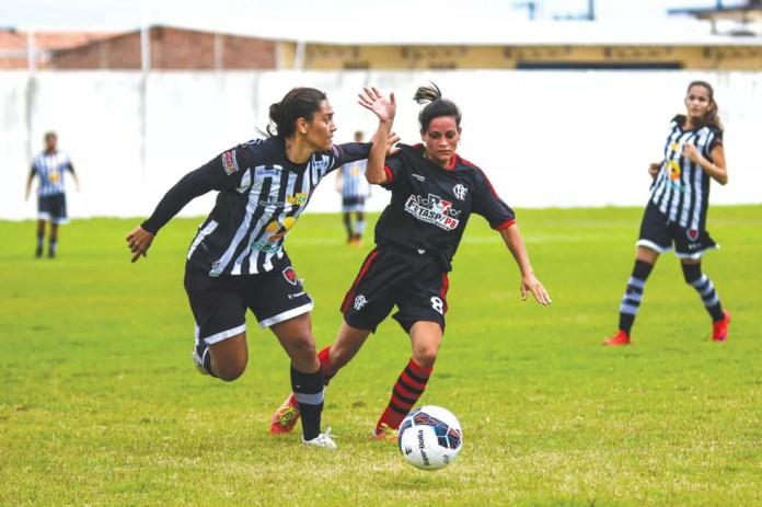 Lu Meireles foi campeã paraibana com o Botafogo-PB, clube em que era a destaque principal — Foto: Raniery Soares / Paraíba Press