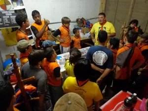 Hoje, Douglas atua como chefe dos escoteiros de Guarujá e se diz realizado (Foto: Douglas Gonçalves / Arquivo Pessoal)
