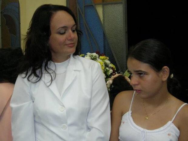 Cláudia e a filha Rita, hoje com 24 anos (Foto: Arquivo pessoal)