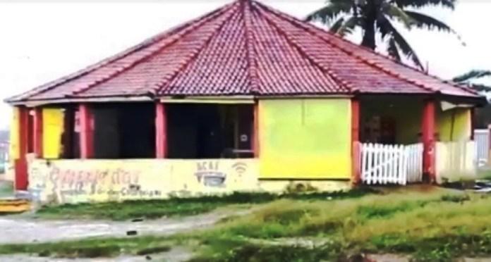 Crime ocorreu em quiosque em Itanhaém, SP (Foto: G1 Santos)