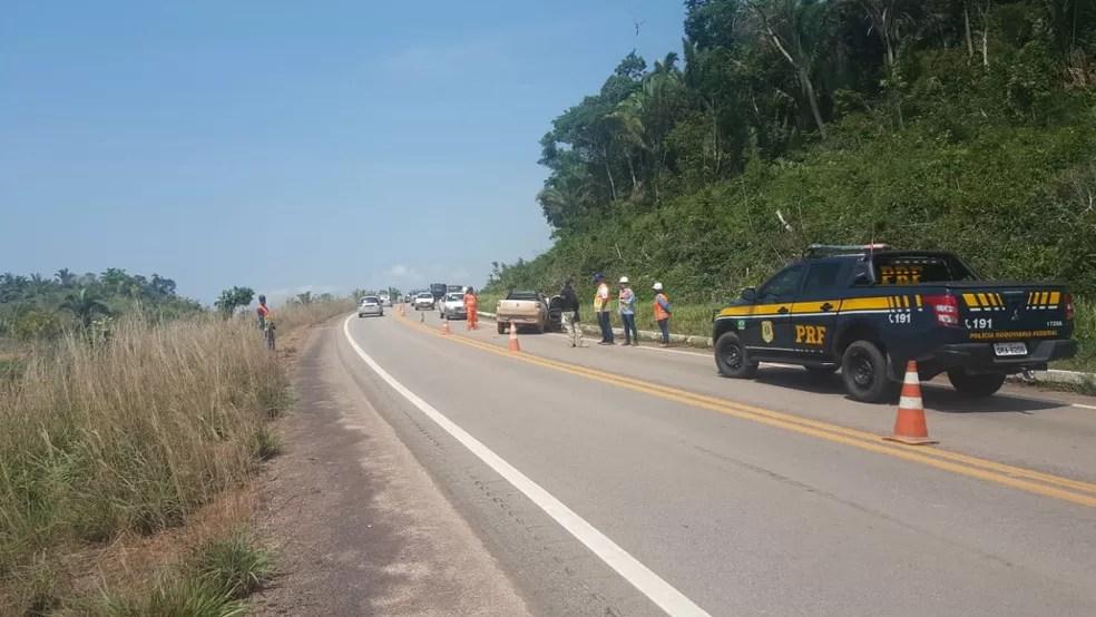 Acidente aconteceu no km 886 na BR-364, altura do distrito Velha Mutum.  — Foto: Divulgação/PRF