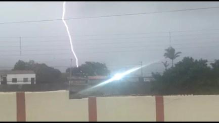 Image result for Ventos de até 97 km por hora e raios são registrados em Garanhuns e Arcoverde