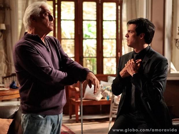 Ele havia ido visitar o pai, que está cego (Foto: Pedro Curi / TV Globo)