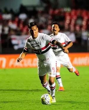 Chavez Cueva São Paulo (Foto: Marcos Riboli/GloboEsporte.com)