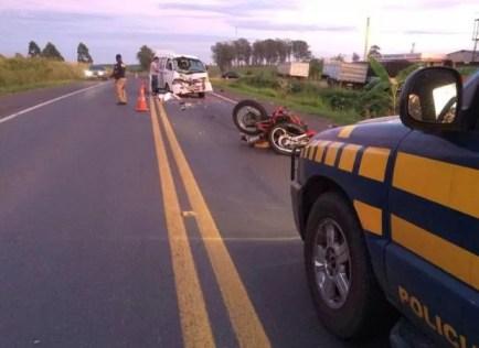 Resultado de imagem para colisão moto e van