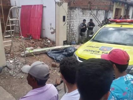 Pedreiro morreu ao ser atingido na cabeça por viga de concreto em Murici — Foto: br104.com.br