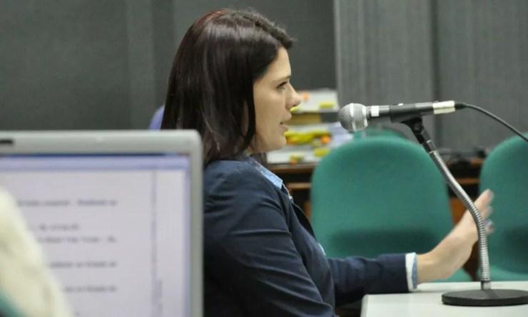 Carla é testemunha de defesa do namorado (Foto: Marcos Ribeiro/ G1 MS)
