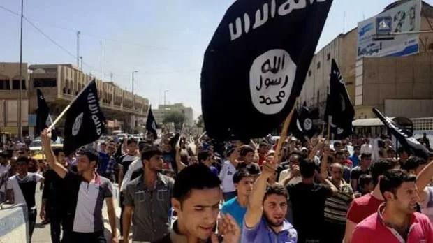 Moradores de Mossul estão há quatro meses sob o governo do Estado Islâmico (Foto: AP)