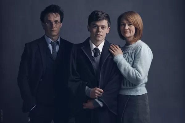 Harry Potter, Ginny e o filho do casal em 'Harry Potter and The Cursed Child' (Foto: Reprodução)