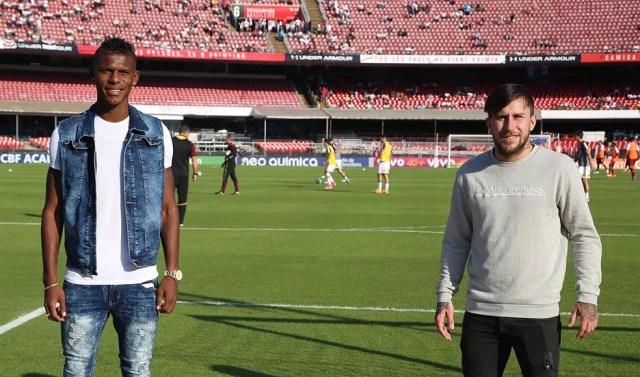 Arboleda (à esq.) e Gómez conheceram o Morumbi no domingo (Foto: Rubens Chiri/saopaulofc.net)