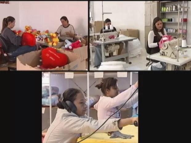 Famílias inteiras trabalham na produção de bichos de pelúcia (Foto: reprodução/TV Tem)