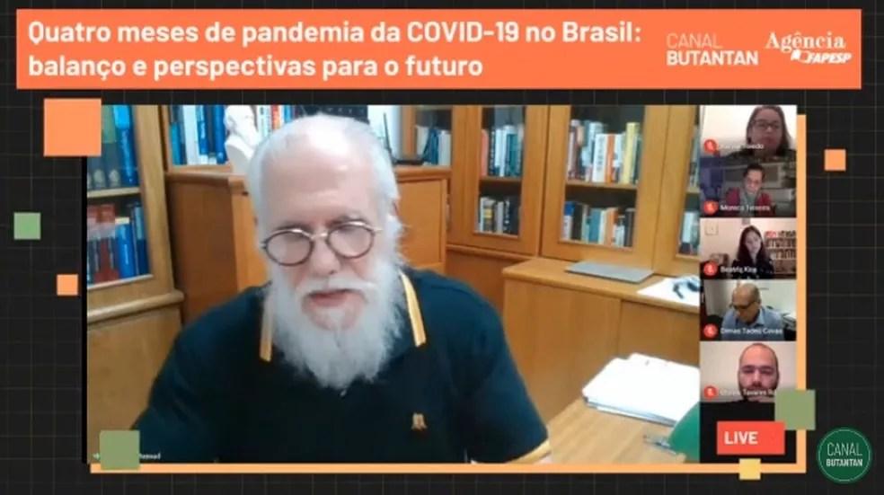 O matemático Eduardo Massad, professor titular da Escola de Matemática Aplicada FGV.   — Foto: Reprodução/Youtube