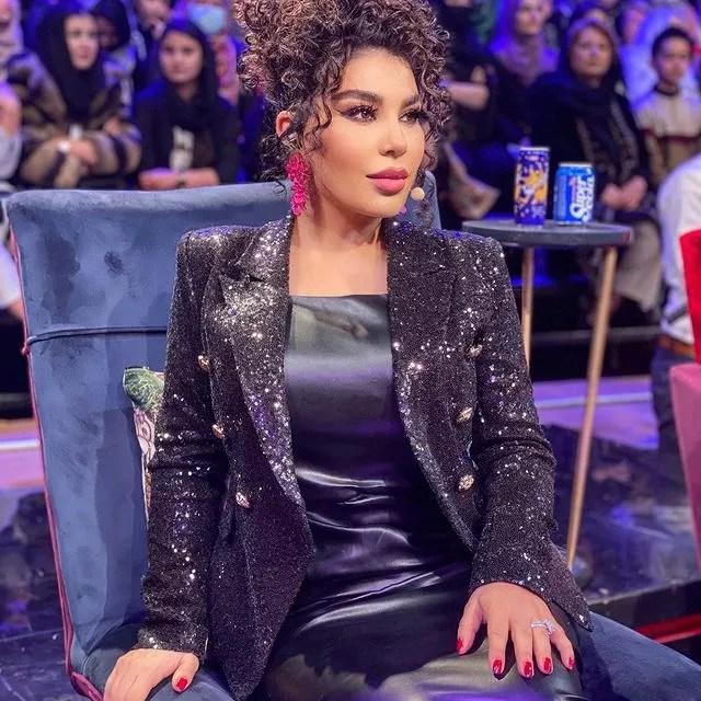 A cantora Aryana Sayeed na versão afegã do The Voice (Foto: reprodução instagram)