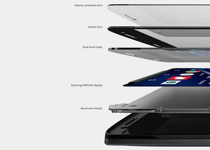 Moto X Force tem tela de 5,4 polegadas QHD e tecnologia inquebrável (Foto: Divulgação/Motorola)
