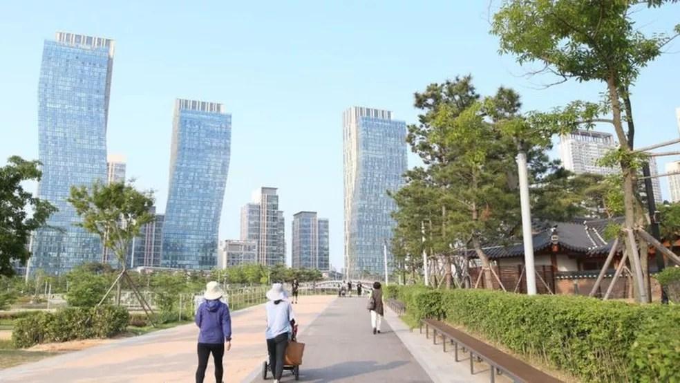 A cidade sul-coreana de Songdo já tem 180 mil habitantes — Foto: Getty Images via BBC