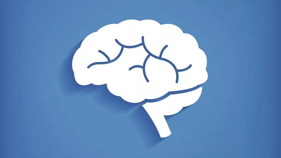 A demência afeta a memória e funções cognitivas do cérebro - e, segundo um estudo recente, o consumo excessivo de álcool pode intensificar esses efeitos (Foto: Getty Images)
