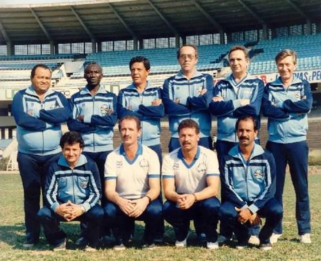 Felipão e Celso Roth, como preparador físico, campeões gaúchos em 1987 — Foto: Divulgação