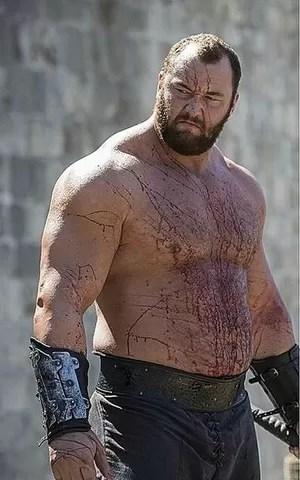 """O ex-jogador de basquete Hafthor Bjornsson interpreta o Montanha de """"Game of Thrones""""  (Foto: Reprodução / Instagram)"""