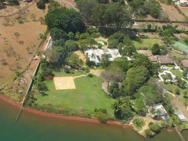 Vista da área da Casa da Dinda feita durante sobrevoo de helicóptero (Foto: TV Globo)
