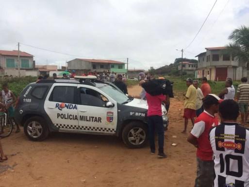 Vítimas estavam em casa, na manhã deste domingo (18), quando criminosos chegaram e se iniciou uma briga. (Foto: Kleber Teixeira / InterTV Cabugi)
