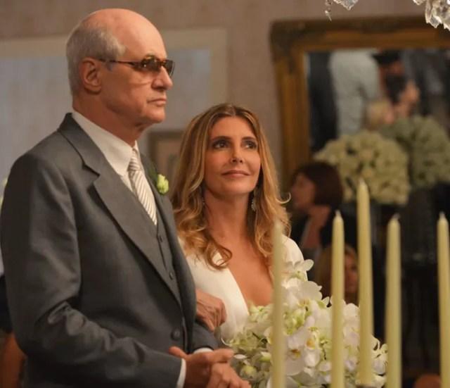 Feliciano e Claudine se casam em cerimônia íntima (Foto: TV Globo)