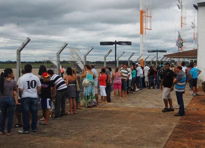 Prudentinos aguardam chegada do Santos (Foto: Clayton Santos / Globoesporte.com)