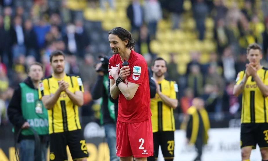 Emprestado ao Colônia, Subotic é ovacionado em reencontro com Borussia