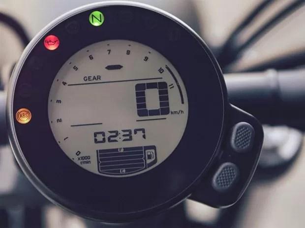 Painel da Yamaha XSR700 (Foto: Divulgação)