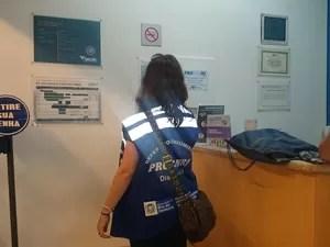 Treze clínicas de vacinação foram autuadas por diversas irregularidades (Foto: Divulgação/Procon RJ)